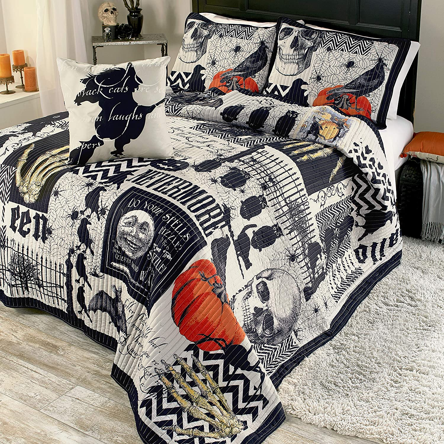 The Lakeside Collection Nevermore Halloween Quilt Set with Pillow Shams Twin